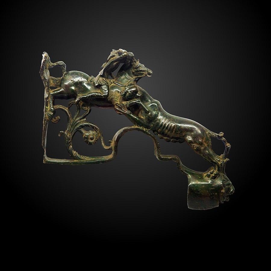 chariot ornament