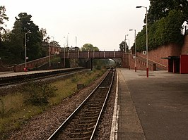 Crossgates train station - geograph.org.uk - 64543.jpg