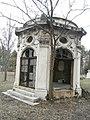 Családi mauzóleum1.jpg