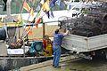 Débarquement de matériel de pêche et de poisson du fileyeur MON POTE (10).JPG