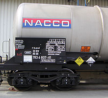 https://upload.wikimedia.org/wikipedia/commons/thumb/4/4e/Dangerous_goods_transport.jpg/220px-Dangerous_goods_transport.jpg