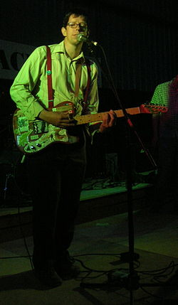 Darren Hayman performing in 2007