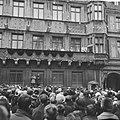 De troonwisseling in Luxemburg, Groot Hertog Jean en echtgenote en kinderen op b, Bestanddeelnr 917-1227.jpg