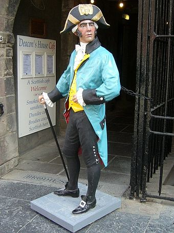 Deacon Brodie on Edinburgh's Royal Mile Deacon Brodie figure.jpg