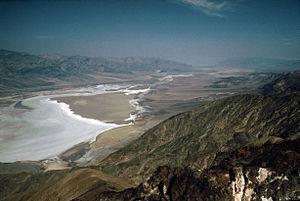 Dante's View - Dante's View, Devil Golf Course, salt shoreline