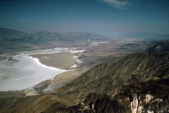 Mos Eisley - Dante's View, overlooking Death Valley, was used as the establishing shot for Mos Eisley in Star Wars (1977)