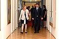 Der britische Außenminister Jeremy Hunt zum Gespräch bei Außenministerin Karin Kneissl (43788802341).jpg