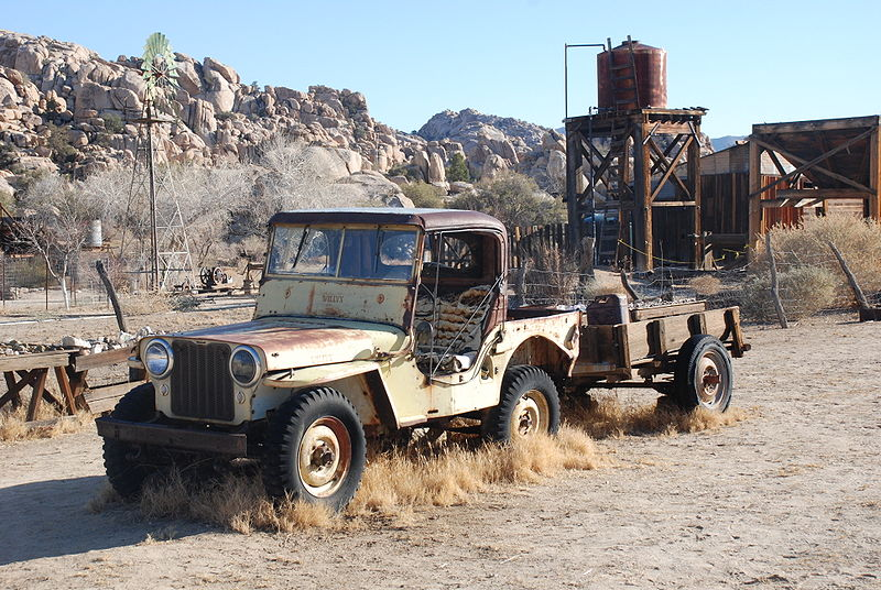 File Desert Queen Ranch Willy S Jeep Jpg Wikimedia Commons