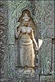 Devatâ du temple Ta Som (Angkor) (6973175261).jpg