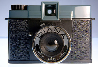Toy camera Simple, inexpensive film camera