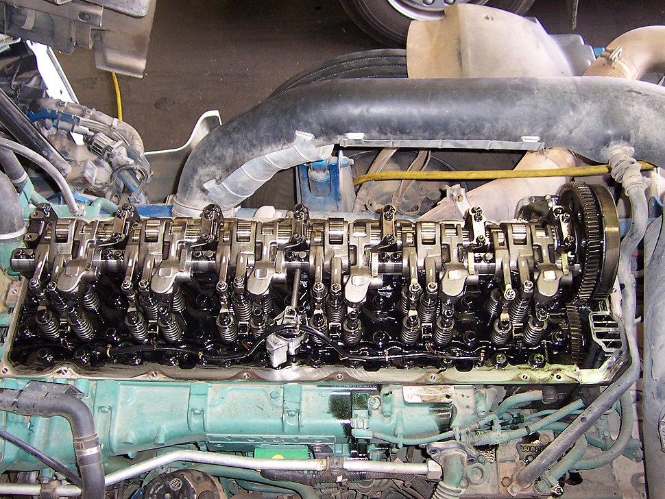 Diesel engine valve train