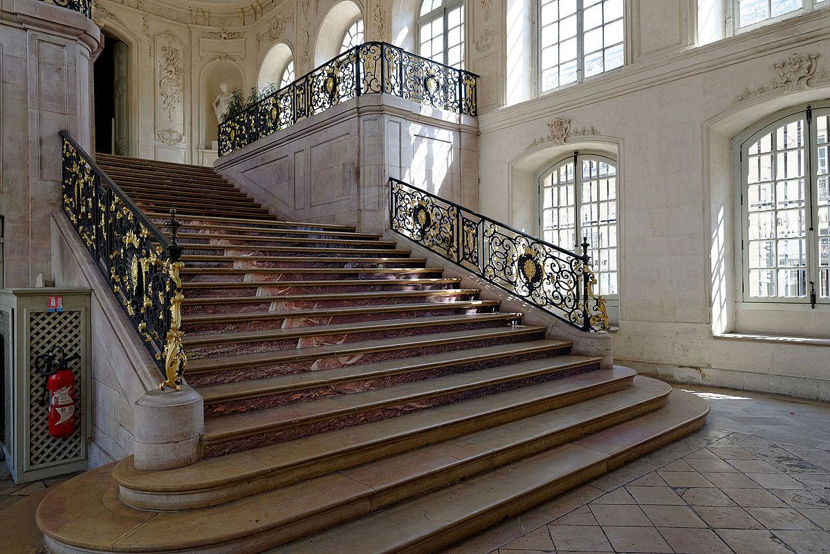 Escalier Gabriel (Dijon) — Wikipédia