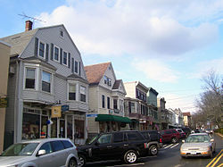 Looking north along Katonah Avenue