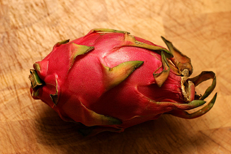 File:Dragonfruit cbh.jpg
