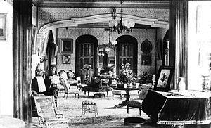 Keōua Hale - Drawing room of Keōua Hale