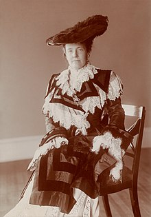 Edith Roosevelt Edith Kermit Carow Roosevelt by Frances Benjamin Johnston.jpg