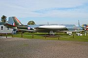English Electric Canberra PR.3 'WF922' (23463008083).jpg