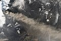 Eruption of Eyjafjallajökull Volcano, Iceland May 2nd View -Detail- (4584266734).jpg