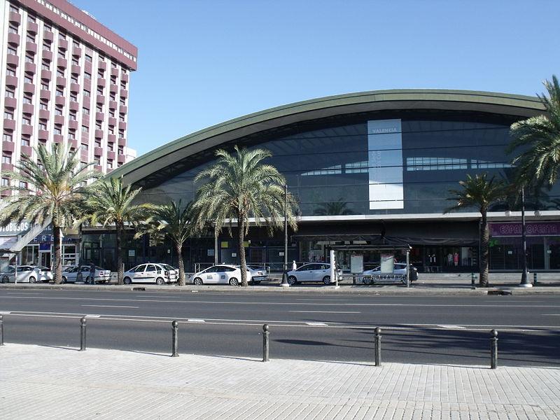 File:Estació d'Autobusos de València 04.JPG