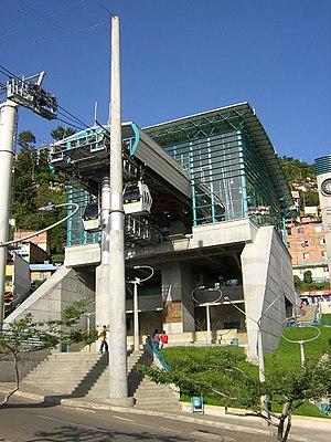 Estacion Santo Domingo Savio-Metro de Medellin