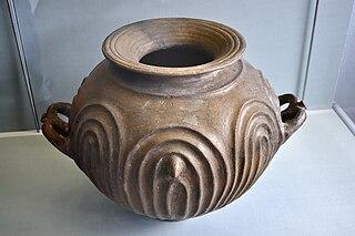 datei etruskischer doppelhenkeltopf hetjens museum d sseldorf derhexer jpg wikipedia. Black Bedroom Furniture Sets. Home Design Ideas