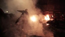 Archivo:Euro Maidan Kyiv Ukraine 2014 on Vimeo.webm