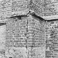 Exterieur noordwand, steunbeer - Lambertschaag - 20128726 - RCE.jpg