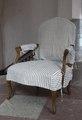 Fåtölj med randigt möbelöverdrag - Skoklosters slott - 103908.tif