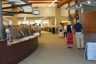 Fullerton Public Library - Image: FPL's Lobby