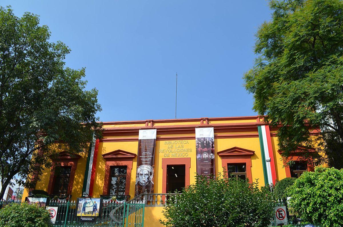 Frente De La Biblioteca - Arecibo - Páginas Amarillas de