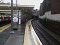Finchley Road stn northbound Metropolitan look south.JPG