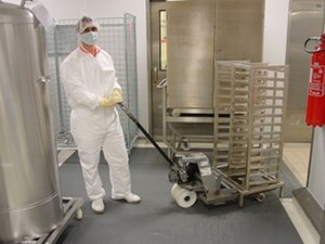 Contamination control - Flooring in a material handling area at the pharmaceutical company Lille, France