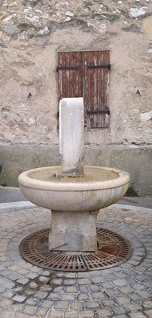 La Treille - Image: Fontaine La Treille