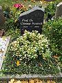 Friedhof der Dorotheenstädt. und Friedrichwerderschen Gemeinden Dorotheenstädtischer Friedhof Okt.2016 - 5 4.jpg