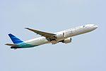 Garuda Indnesia, Boeing 777-300ER PK-GIF NRT (26812766621).jpg