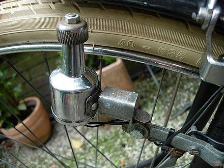 telefoon opladen met fietsdynamo