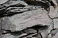 Gestein in einer Schlucht bei der Festung Amberd, Armenien.jpg