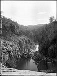Ginninderra Falls (4903265169).jpg