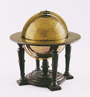 Globe in koper op eikenhouten voet, toegeschreven aan Petrus Plancius, Petrus Plancius, ca 1599, MAS.jpg