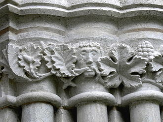 Boge Church - Carved capitals of the main portal