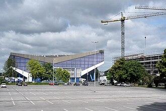 EuroBasket 1971 - Image: Grugahalle und Hotelneubau