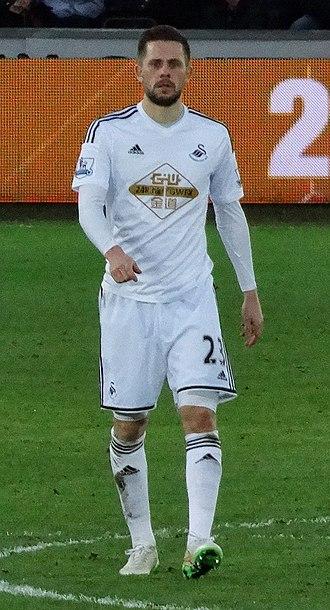 Gylfi Sigurðsson - Gylfi playing for Swansea City in 2015