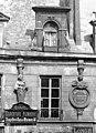 Hôtel des Prévôts - Lucarne - Paris - Médiathèque de l'architecture et du patrimoine - APMH00011034.jpg
