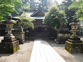Haiden of Ichinoya Yasaka Shrine.jpg