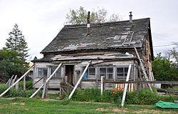 Hardman, Oregon, collapsing house.jpg