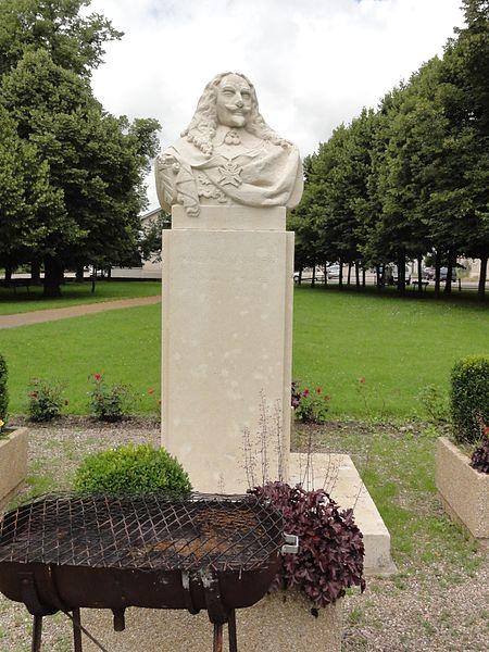 Haroué (M-et-M) buste François de Bassompierre