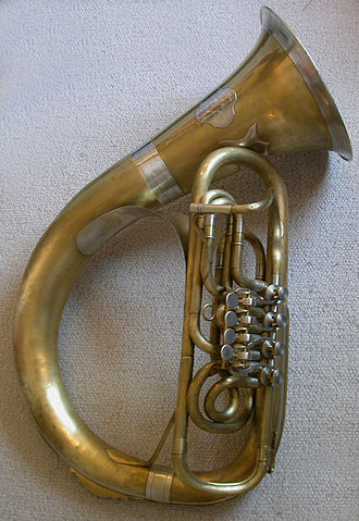 Helicon (instrument) - Image: Helikon Stowasser Graz
