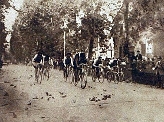 Giro di Lombardia - Frenchman Henri Pélissier won the 1911 Giro di Lombardia in the sprint.