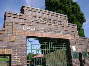 Henson Park - Henson Park, Charlie Meader Memorial Gates.