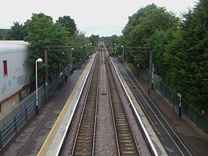 Chingford branch line - Image: Highams Park stn high northbound